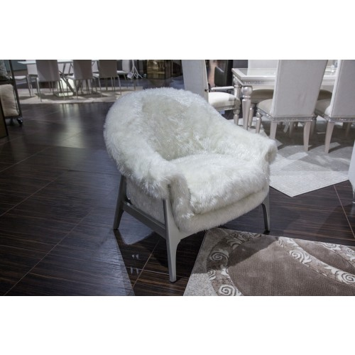 Micheal Amini Glimmering Heights Accent Chair   Item# 11028
