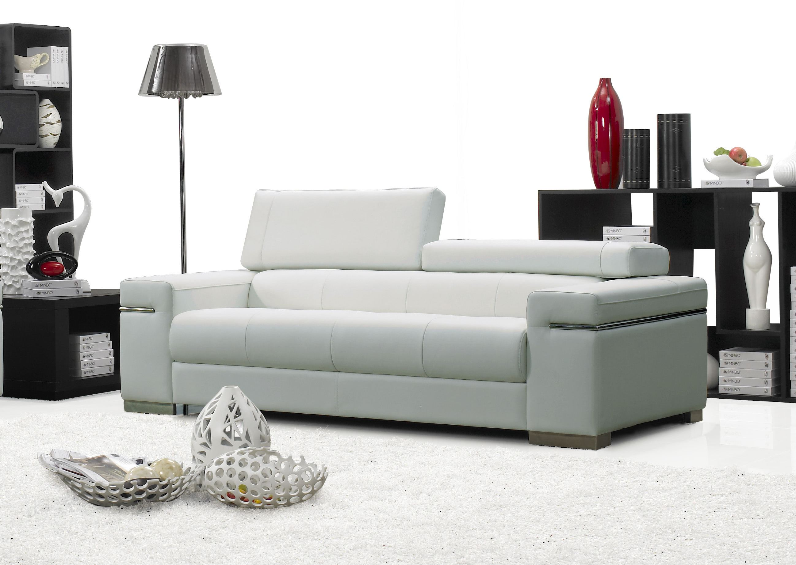 j m furniture soho leather sofa in white 17655111 s w. Black Bedroom Furniture Sets. Home Design Ideas